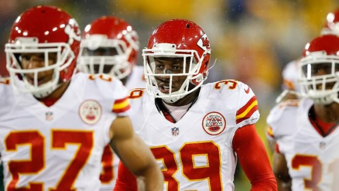 Former NFL Chiefs safety Abdullah quits over concussions