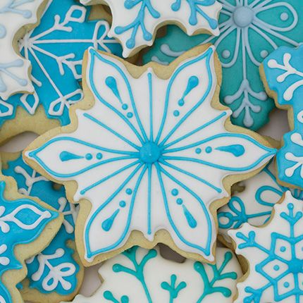BEAUTIFUL! Icy Snowflake Cookie Cutter from Ann Clark Cookie Cutters.