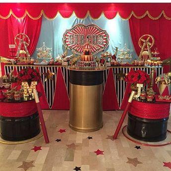 Festa Circo. Pic via @piruletasve #blogencontrandoideias #encontrandoideias #fabiolateles
