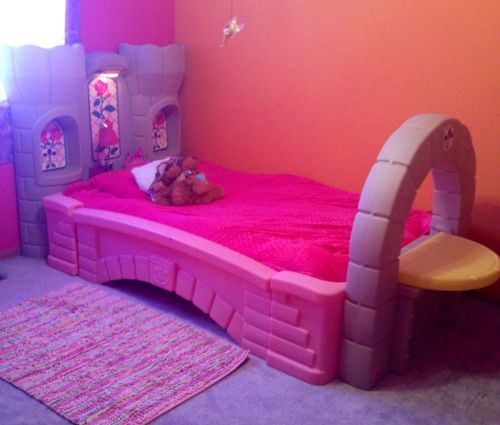 step 2 co. girl's toddler sleigh bed 3