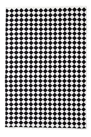 Et vakkert og lettplassert vevd teppe i bomull. Garnfarget rombemønster med melert effekt. Vask 40°.