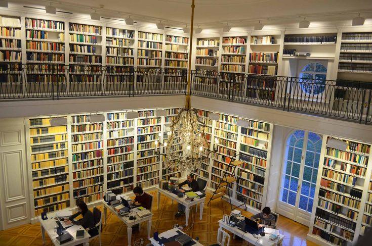 La bibliothèque de la Fondation Hardt est une bibliothèque de recherche spécialisée dans le domaine de l'Antiquité classique.