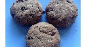CHOCOLATE PROTEIN COOKIES!  RECIPE AVAILABLE AT: WWW.PROPERPROTEIN.COM.AU