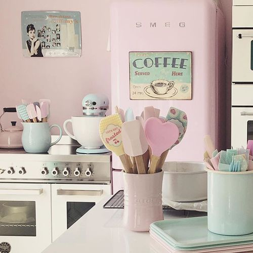 Kitchens, Vintage Kitchen And Retro Kitchens
