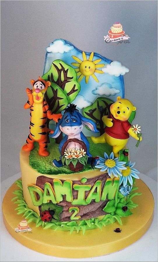 Winnie the Pooh and Tigger - Cake by Carmen Iordache