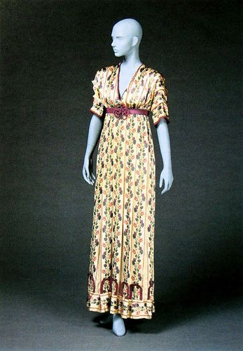 Day dress by Paul Poiret, c. 1912, at the Kobe Fashion Museum