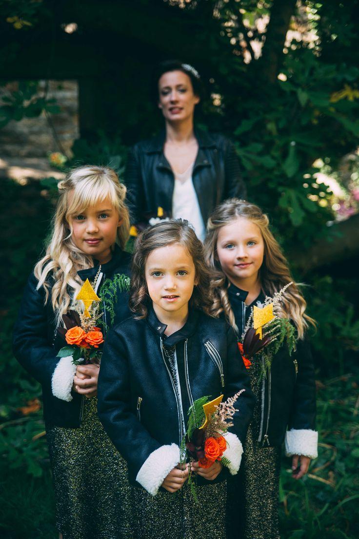 www.bcce.fr Shooting les temps modernes. Les demoiselles d'honneur et leurs mini bouquets -  enfants - talc - J'aime concept store enfant à Brest