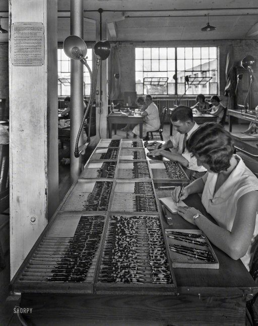 """Sheaffer fountain pen factory, Fort Madison, Iowa."" Circa 1935 http://www.shorpy.com/node/19730?utm_content=buffer8f6d7&utm_medium=social&utm_source=pinterest.com&utm_campaign=buffer Theodor Horydczak"