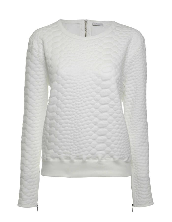 Available online: http://www.sofinah.fi/product/302/sweatshirt-rica-winter-white