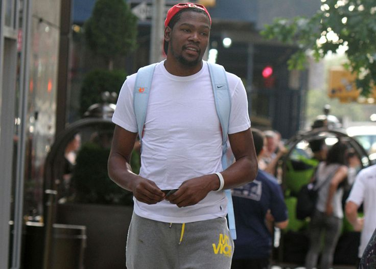 "Kevin Durant and his longtime on-again, off-again girlfriend Jaz were spotted at a charity event together. According to MULTIPLE sources close to KD, the NBA star has officially made Jaz his ""wifey."" The two have been together now for years, so could a RING be on the way soon??? Kevin called off his engagement last …"