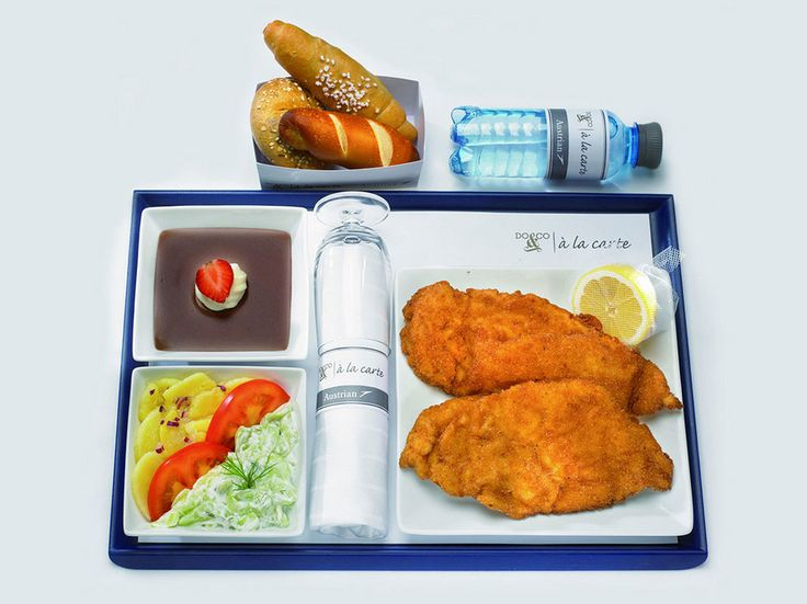 15 Economy Class Airline Meals You'll Actually Want to Eat Austrian Airlines: Viennese Schnitzel Upgrading your meal, but not necessarily your seat, is an option on Austrian Airlines.