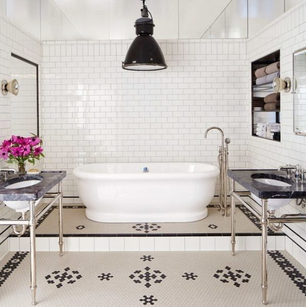 Bathroom. Goals. Thank you Meg Ryan for showing us the bathroom layout we never knew we needed.