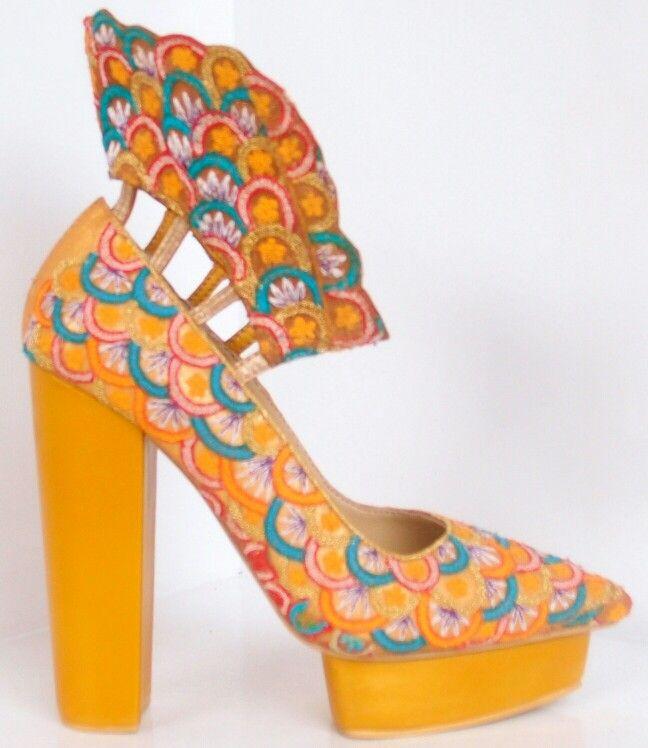 DEKAFE shoes