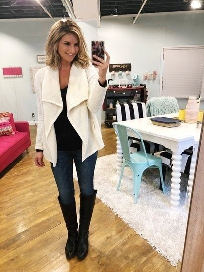 Best Business Casual Work Outfit for Women with Cardigans 08 #Women #Fashion #Wo…