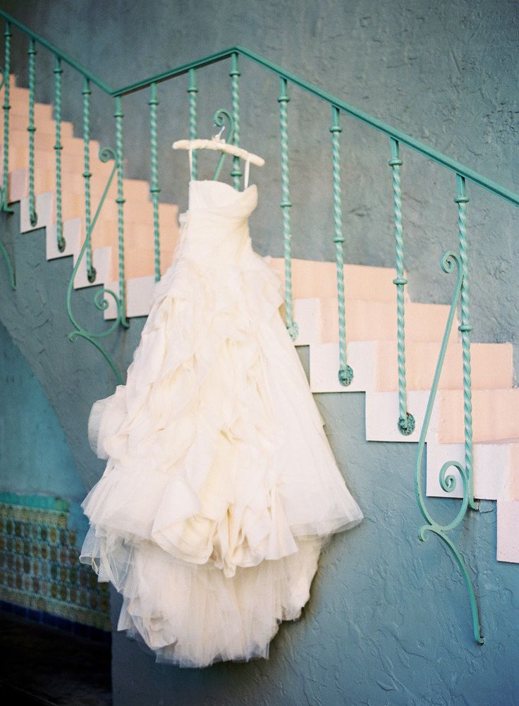 153 best vera wang wedding gowns images on pinterest for Wedding dresses miami florida