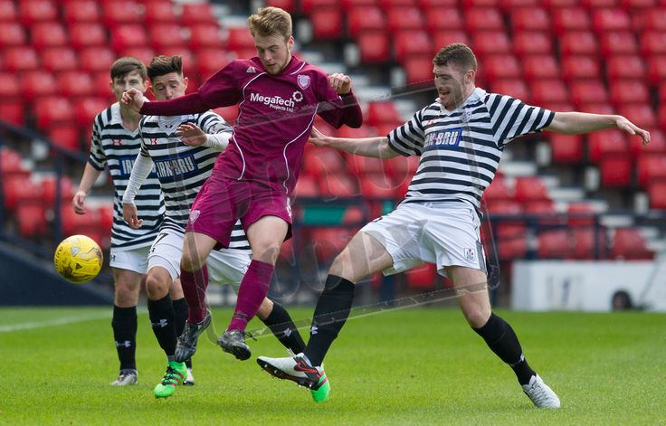 Arbroath's Josh Skelly on the ball during the SPFL League Two game between Queen's Park and Arbroath.