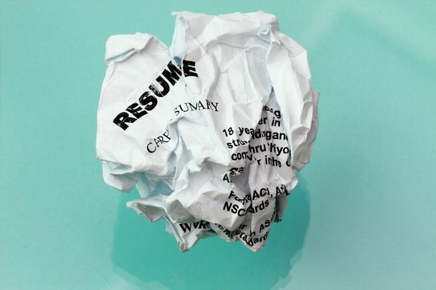 The ironclad rule of resume writing is to highlight your career in reverse chronological order – all the time, every time, right? Wrong. Resume expert Donald Burns explains why.