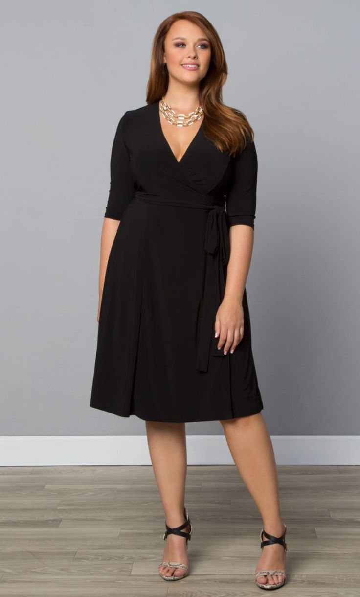 Flattering dresses for plus size uk