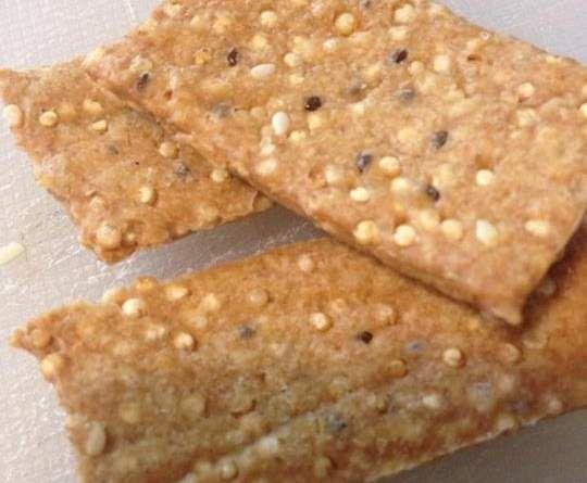 Quinoa crackers by Jen-A on www.recipecommunity.com.au