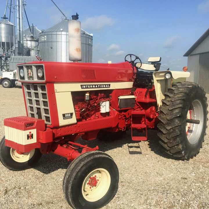 1000 ideas about international tractors on pinterest for International harvester decor