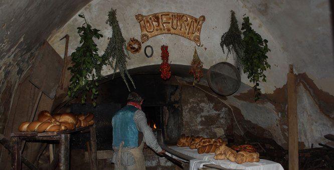 25 dic- 06 genPresepe Vivente nel Borgo Antico di Binetto - X Edizione. Location: Centro Storico Di Binetto Largo Chiesa