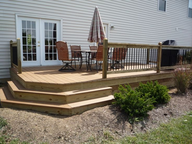 12 Great Ideas For A Modest Backyard: 12 X 20 Traditional Deck