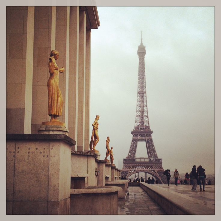 The first time you see the Eiffel Tower is likely to be memorable. ©JoyLovesParis