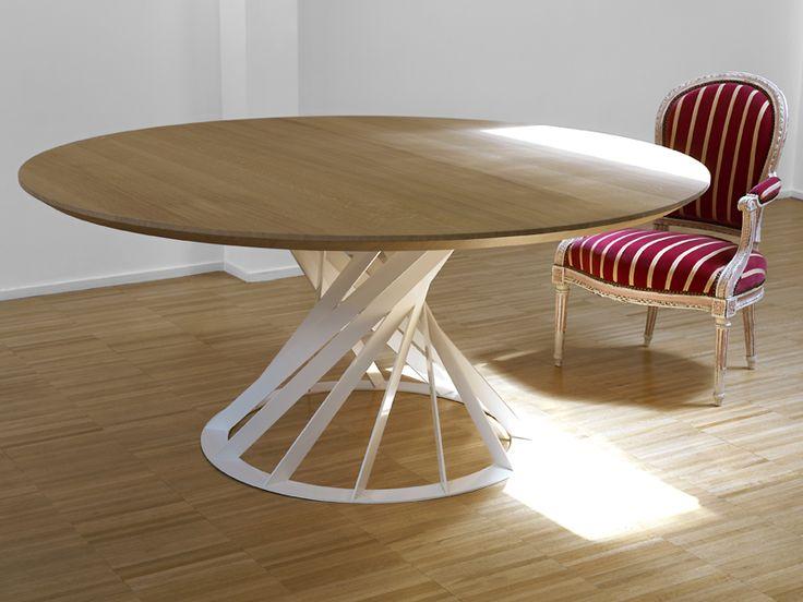 Tavolo rotondo da pranzo in legno Collezione Twist by INTERNI EDITION   design Benoît Deneufbourg