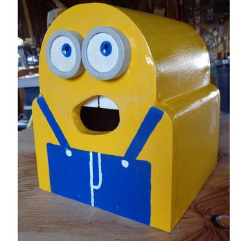 Minion Birdhouse Woodworking Plan by Paul Anderson