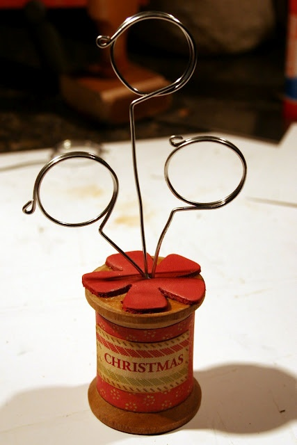 DIY Wire Picture Holders