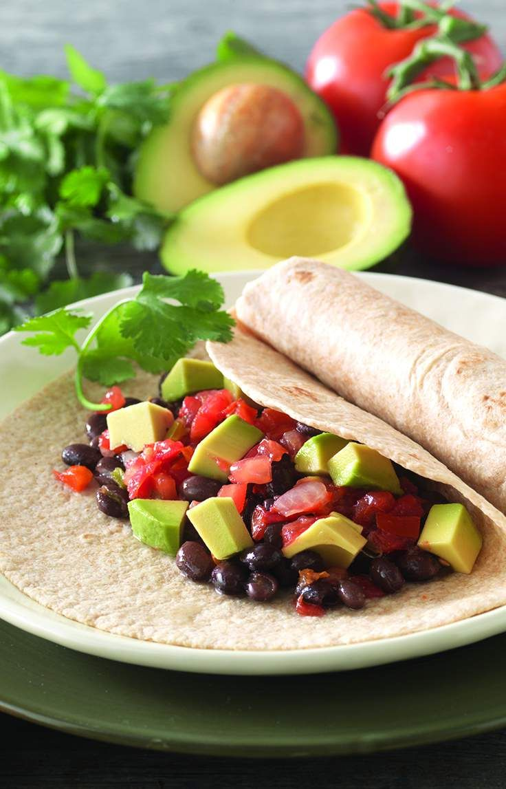 Avocado and Black Bean Wraps Get a taste of this spicy traditional ...