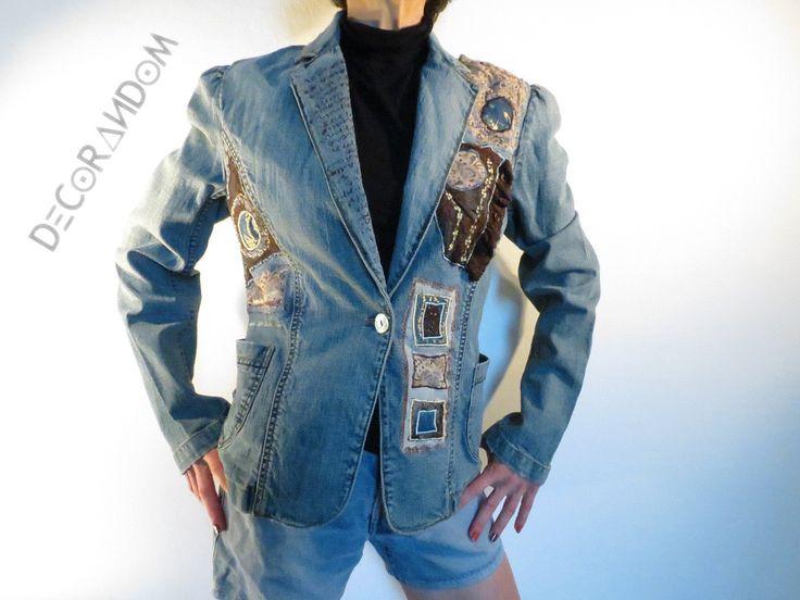 giacca jeans,denim jacket,recycled jeans,decorata con pizzo,ricami colorati,moda etica,stoffa riciclata taglia 42/44 g3 di decorandom su Etsy