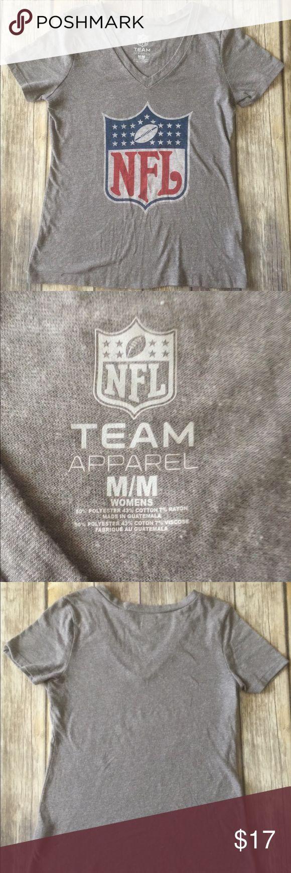 Woman's NFL Team Apparel Tee-Shirt size Medium Women's NFL Apparel tee shirt. Size Medium. Vintage style. Like new condition. NFL Apparel Tops Tees - Short Sleeve
