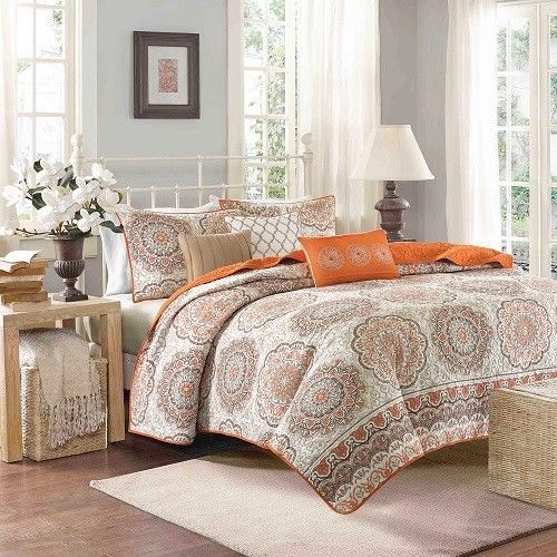 King Size Quilt Set 6 Pieces Reversible Orange Coverlet Shams Accent Pillow #KingSizeQuiltSet #Contemporary