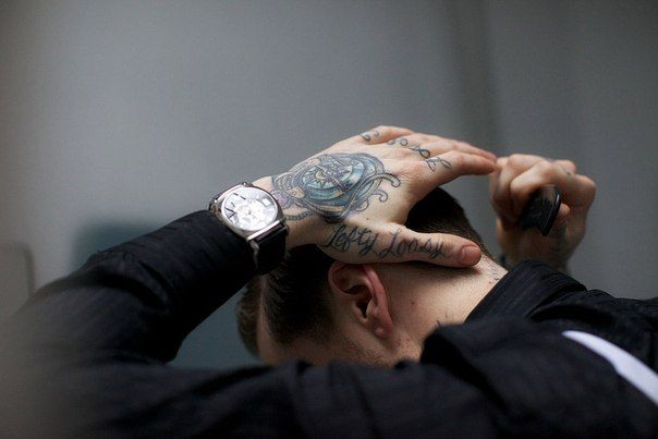 inked: Tattoo'S Bible, Dresses Up, Old Schools Tattoo'S, Tattoo'S Tattoo'S, Hands Tatting, Tattoo'S Ink, Tattoo'S Hands, Tattoo'S Men'S, Hands Tattoo'S