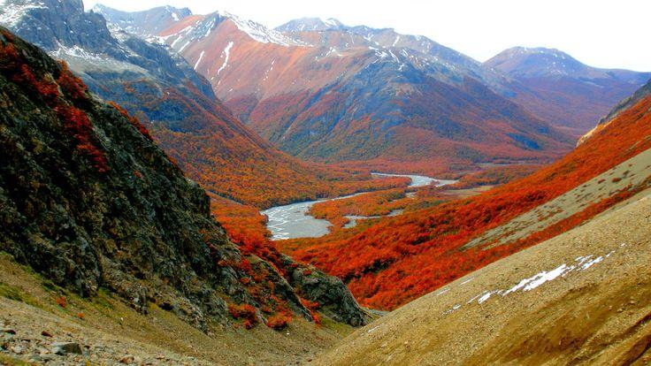 Valle rio Turbio en la Provincia de Coihaique o de Coyhaique es una provincia de Chile