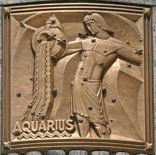 Art deco aquarius bas relief pinterest chicago aquarius and i - Deco relief catalogue ...