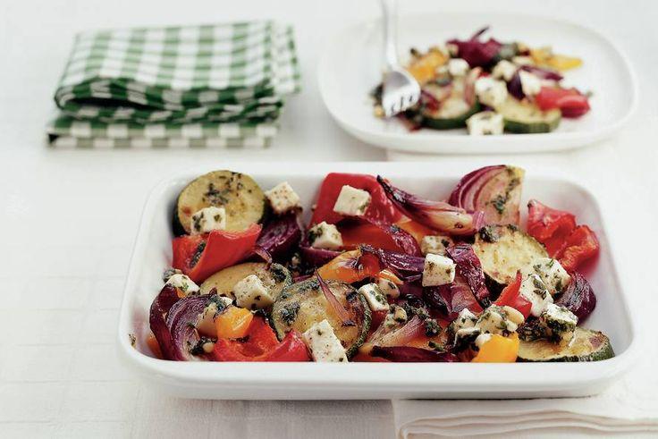 Kijk wat een lekker recept ik heb gevonden op Allerhande! Salade van gegrilde groenten met mozzarella