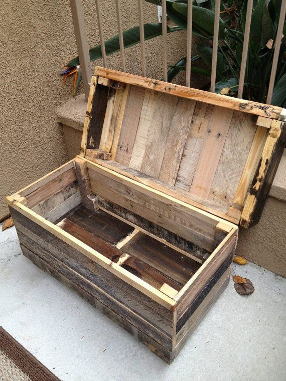 Dark Rustic Chest: Dark Rugged Style Handmade Pallet Wood Chest/Bench with a Mix of Natural Colors. Awesome piece.