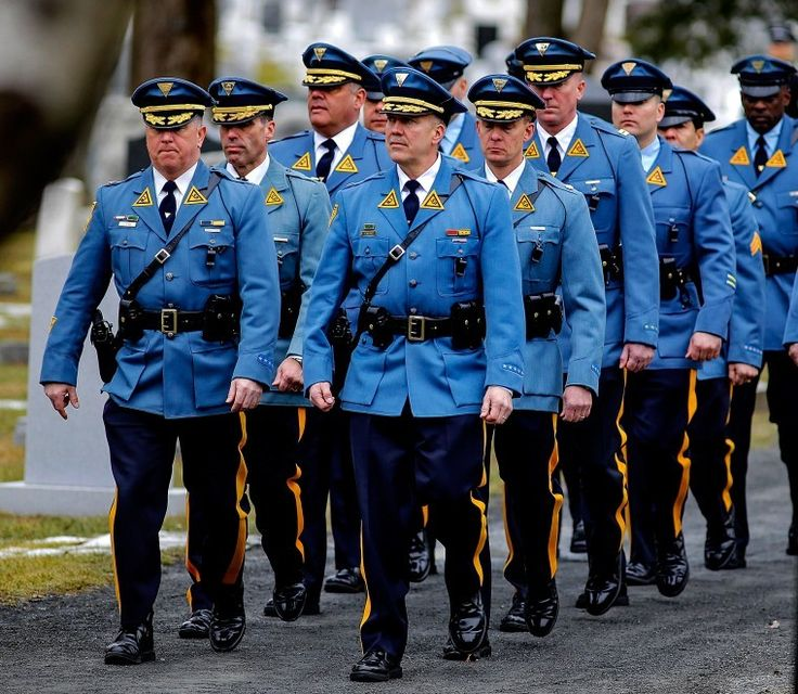 Wanna date? NJ State Trooper uniform sports high ranking in dating survey