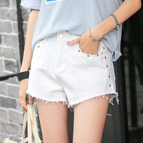 14.99$  Buy here - http://ali9gq.shopchina.info/go.php?t=32806930794 - AUFYSO White Jeans for Women 2017 Summer Fashion Rivet Ripped Tassel High Waist Jeans Shorts American Apparel jeans femme 3109  #buymethat