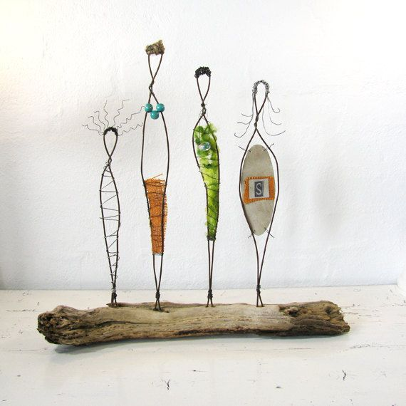 Wire Sculpture. Sisterhood. © 2012 idestudiet ART+EARTH All Rights reserved