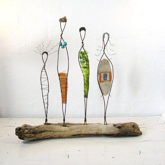 Wire Sculpture. Sisterhood. © 2012 idestudiet ART+EARTH All Rights reserved