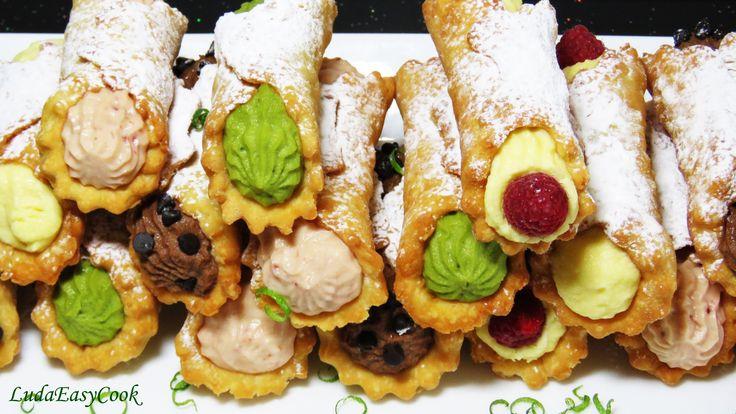 [LUDA LAM BANH] Hi các Bạn, hãy làm món bánh Cannoli của hòn đảo Sicily nước Ý. Bánh kem rán hình ống Cannoli là món bánh ngày Thiên chúa Giáng sinh, ngày Tế...