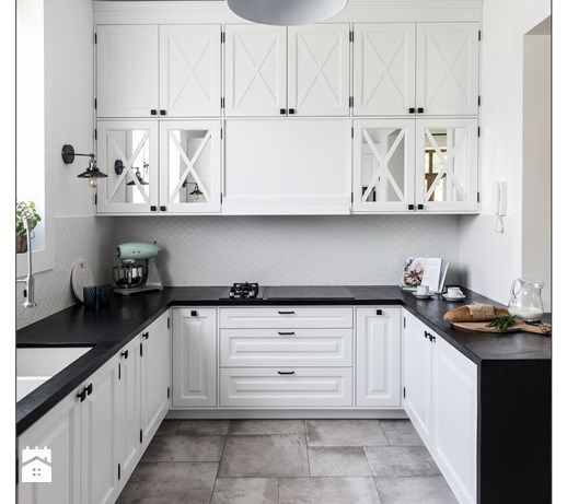 sesja fotograficzna domu pod Warszawą - Kuchnia, styl tradycyjny - zdjęcie od BARBELLA INTERIORS ( dawniej 5tud10 architektoniczne) modern white kitchen