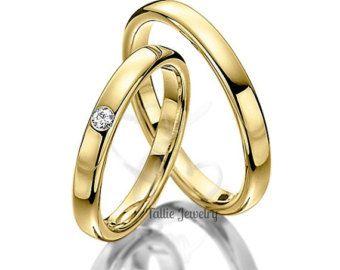 10K solido bianco e oro rosa corrispondere il suo & lei fedi nuziali Larghezza: 6.5mm/6.5mm Finitura: Finitura satinato & lucido Misura: Comfort Fit Dimensione: 4-12 Il prezzo indicato è per entrambi gli anelli Tutto suo e lei Sets sono disponibili singolarmente. Disponibile anche in bianco, giallo o oro rosa e 10K -14 K - 18 K - Platinum Fateci sapere il vostro formato esatto dopo lordinazione. Tutti gli anelli sono disponibili in completo, metà o quarto dimensioni. Vi...