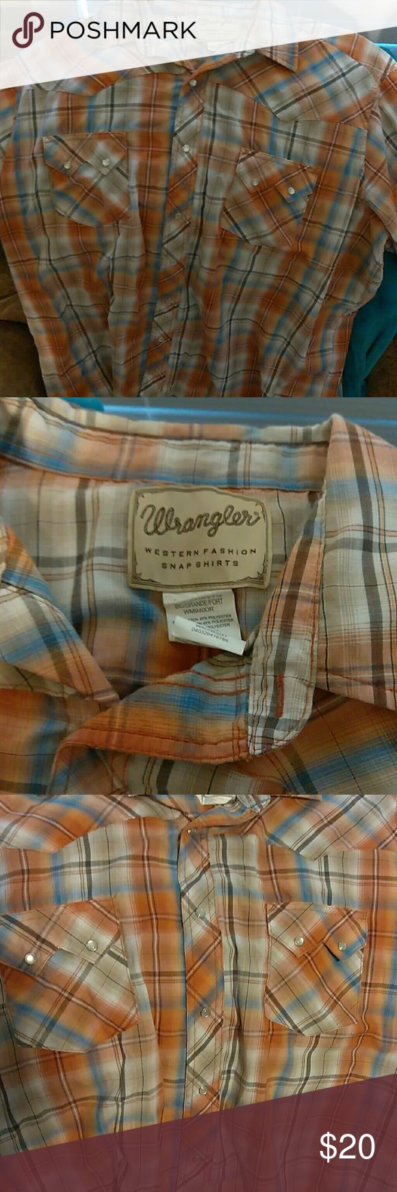Wrangler Pearl Snap Short Sleeved Western shirt Super nice! Like new. Burnt orange and sky blue. (Bundle and save! Many are listed) Wrangler Shirts Casual Button Down Shirts