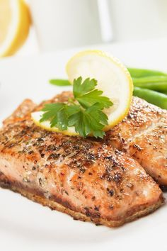 Weight Watchers Super Simple Salmon Recipe - 7 WW Smart Points - Ready in 15 Minutes