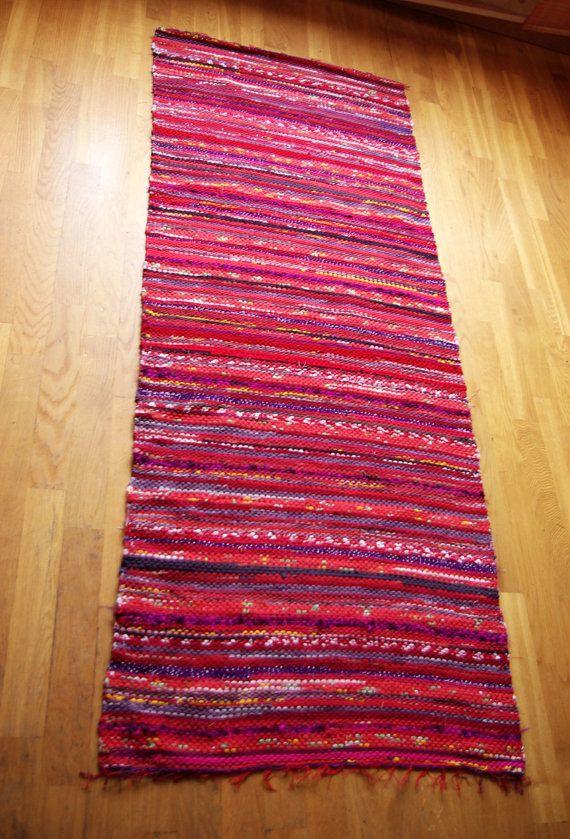 Hand woven Rag Rug red violet burgundy 2.43' x 6.1' by dodres