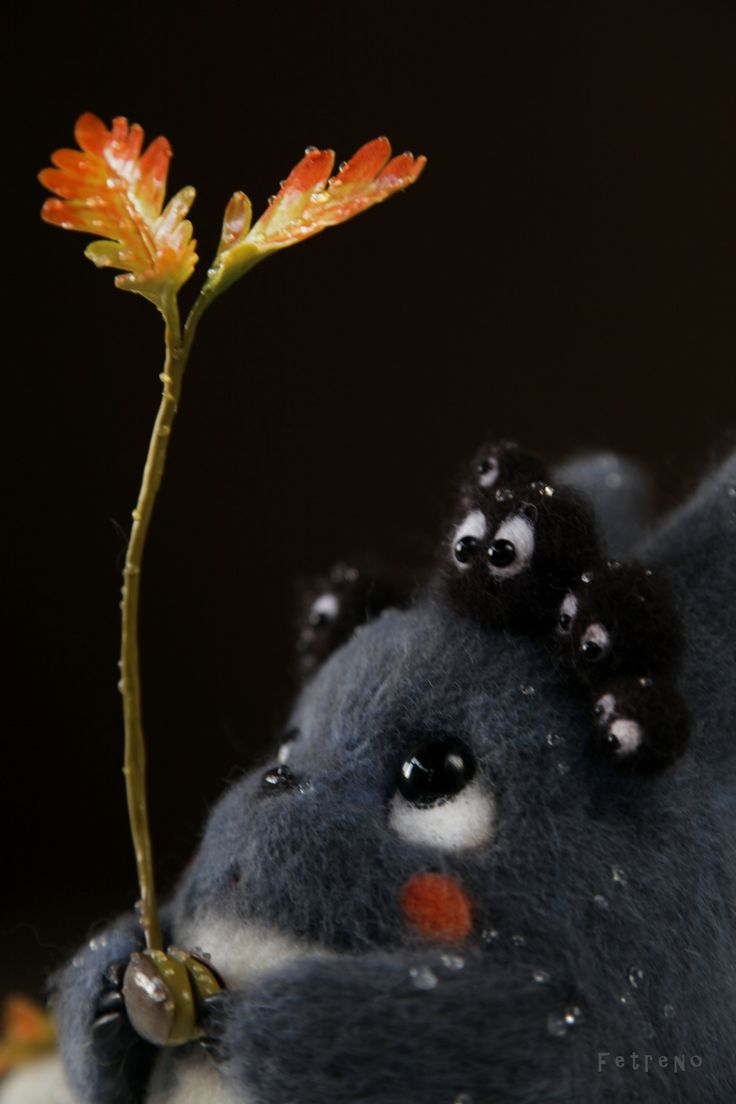 Adorable totoro and soot sprites。
